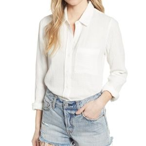 Socialite White Puckered Gauze Button Up Shirt